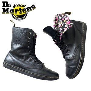 MAKE OFFER! Dr. Martens 'Stratford' Boot